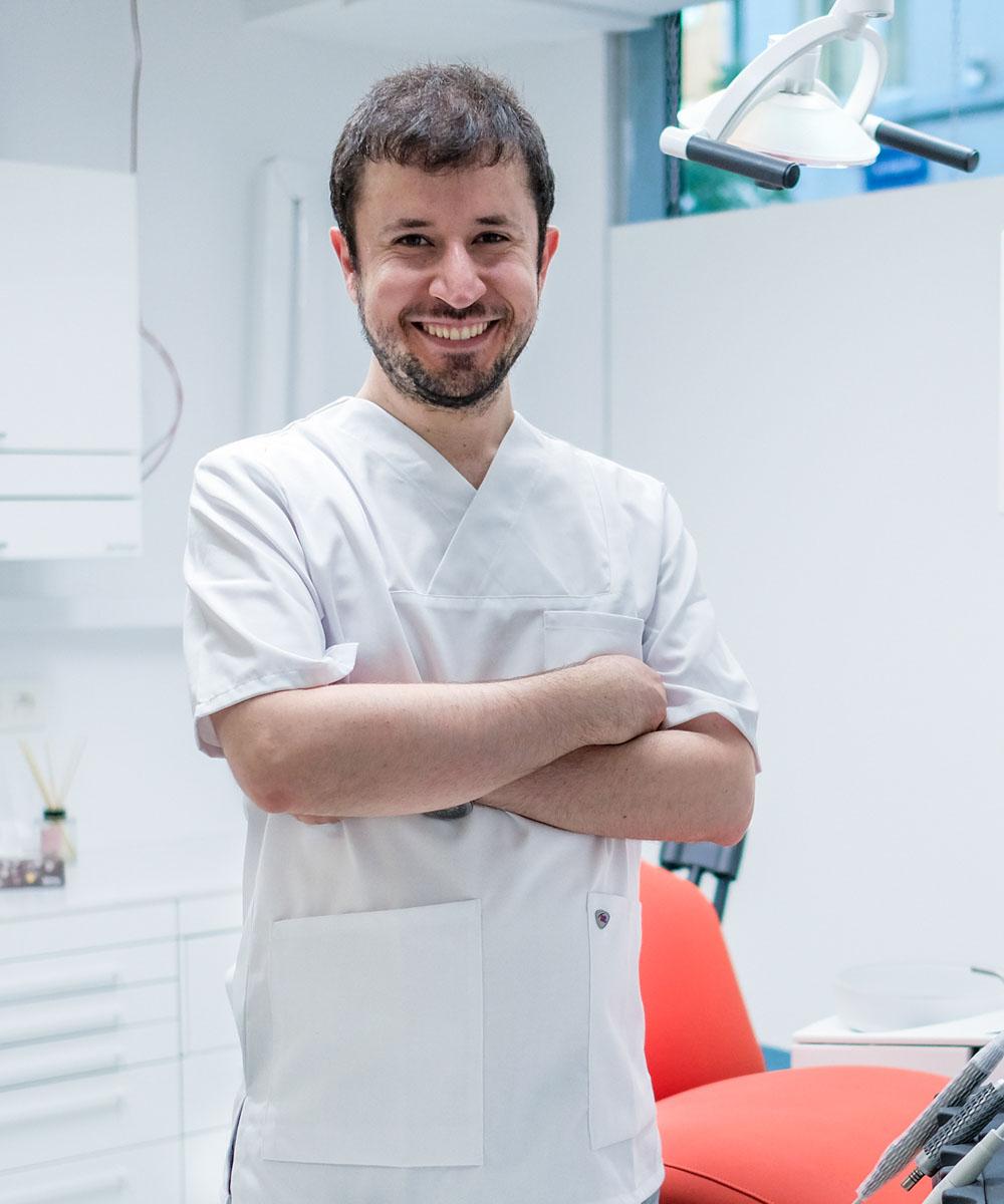 https://cmdu.be/wp-content/uploads/2021/09/dentist4.jpg